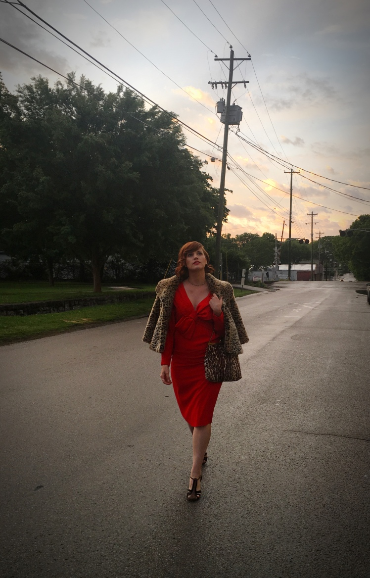 thrifted fashion, vintage glam